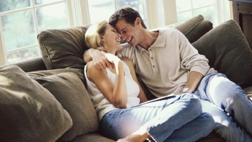 Ketika Suami Atur Urusan Rumah Tangga Sedangkan Istri Bekerja