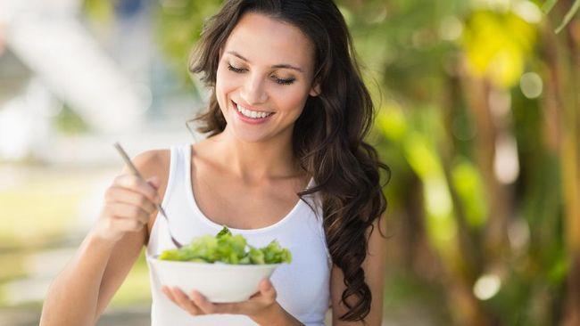 Sebuah studi kesehatan terbaru mengungkapkan konsumsi buah dan sayur mentah dapat meningkatkan kesehatan mental dan mengurangi gejala depresi.