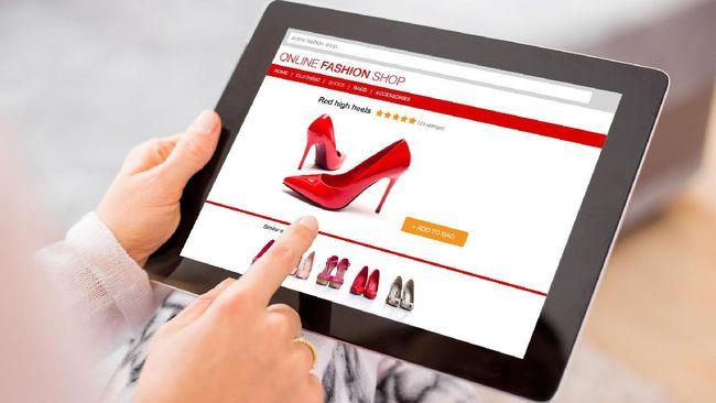 Menkominfo percaya bahwa e-commerce bukan jadi penyebab tutupnya sejumlah gerai ritel. Menurutnya perubahan gaya hiduplah yang jadi penyebabnya.
