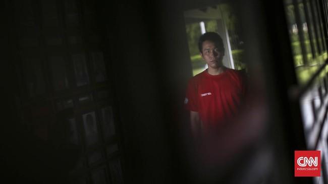 Hendra Setiawan adalah sosok besar dalam bulu tangkis Indonesia. Ia bergelimang prestasi sejak pertama kali masuk pelatnas pada 2002 hingga kini.