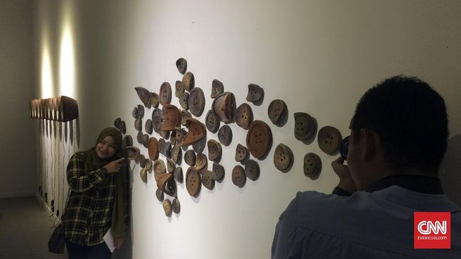 Memasuki gelarannya yang ke-empat, pameran keramik kontemporer tahun ini memberi gambaran menjanjikan akan perkembangan seni keramik masa depan.
