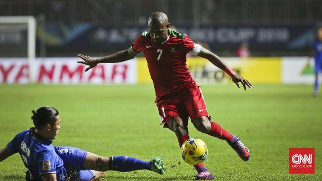 Status Boaz Solossa sebagai aparatur sipil negara (ASN) tak mengganggu kontraknya dengan Borneo FC di Liga 1 2021/2022.