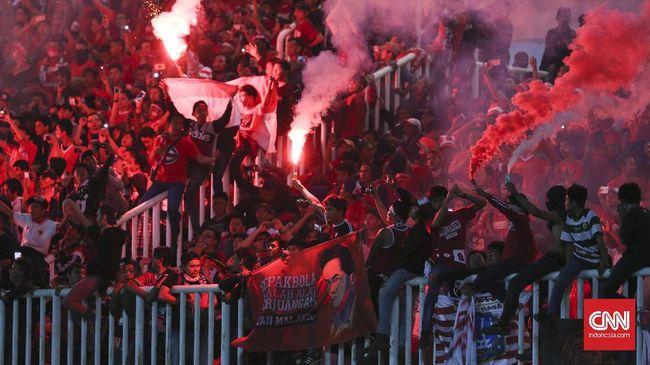 Mantan pelatih timnas Thailand Steve Darby menganggap laga melawan Timnas Indonesia di SUGBK pada ajang Piala AFF sebagai pengalaman yang menakutkan.