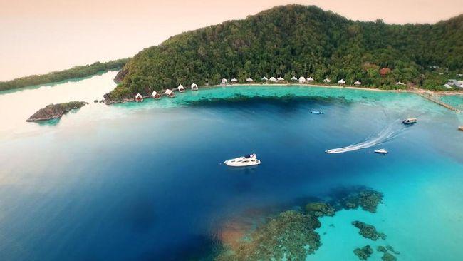 Pulau Bawah, Nihi Sumba, Pangkil, Pulau Joyo, Wakatobi, Nikoi dan Cempedak, merupakan destinasi alam yang sedang populer di kalangan turis berduit.