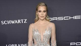 Desainer Indonesia Dandani Gwen Stefani dan Khloe Kardashian