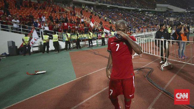 Winger Timnas Indonesia Andik Vermansah mengungkapkan kerinduannya terhadap Boaz Solossa yang tak masuk daftar 23 pemain di Piala AFF 2018.