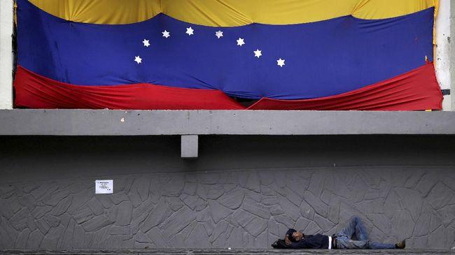 Pemerintah Venezuela mengaku tak bisa membayar seluruh utangnya. Negeri kaya minyak tersebut bahkan saat ini sudah didera krisis kemanusiaan.