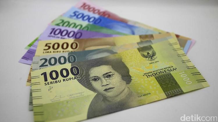 Uang suami uang istri. Kalau uang istri? Ya uang istri... Hmm, menurut Bunda gimana?