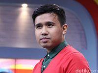 4f248a57 b8ac 444a 9250 b05218e1b0fb 43 - Clairine Clay Balik ke Jakarta, Joshua Suherman Digoda Netizen