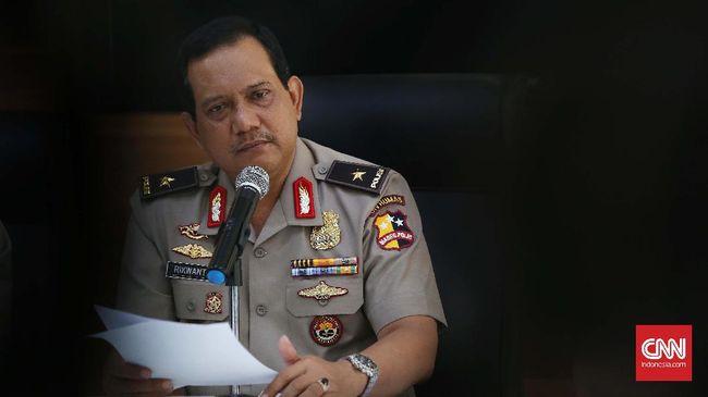 Kepolisian telah menangkap Fajar Agustanto yang merupakan pelaku pencemaran nama baik Anggota Komisi III DPR Akbar Faisal.