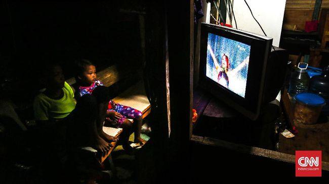Industri tv Indonesia mengacu pada data rating yang dirilis Nielsen. Mereka mengukur rating dengan memasang alat di tv di 2.273 rumah tangga di 11 kota.