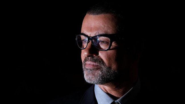 Berdasarkan hasil post-mortem, pakar koroner di Oxfordshire mengungkapkan kematian penyanyi George Michael yang sebenarnya kepada publik.