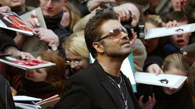 Musisi Inggris George Michael meninggal di usia 53 tahun. Publisisnya mengatakan Michael meninggal dalam damai di Hari Natal.