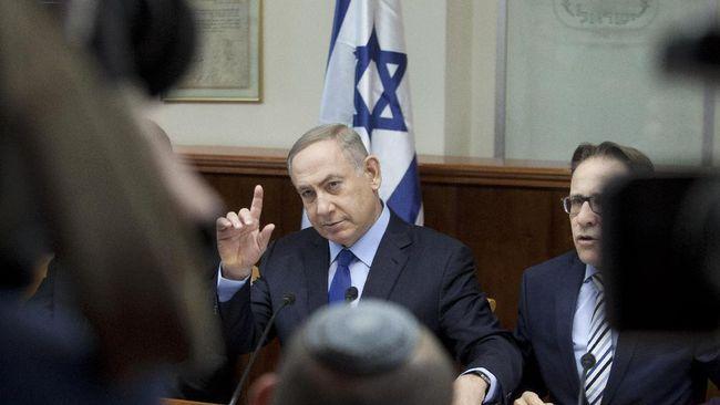 Kepolisian Israel mengusulkan penjatuhan dakwaan terhadap PM Benjamin Netanyahu dan sang istri, Sara, terkait kasus suap dan sejumlah pelanggaran lainnya.
