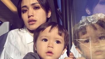 Tingkah Menggemaskan Anak Jessica Iskandar, El Barack, Saat Sarapan