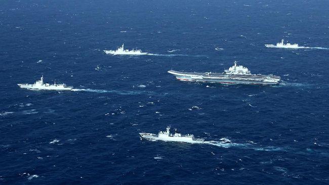 Tiga kapal perang Australia berhadapan dengan kapal militer China saat berlayar di perairan sengketa Laut China Selatan sekitar awal pekan ini.
