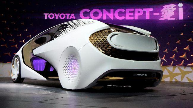 Toyota Akan Serahkan 12 Mobil Listrik Ke Pemerintah