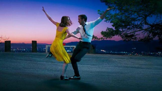 Secara garis besar La La Land merupakan film untuk mereka yang berani bermimpi dan berusaha mewujudkan impian tersebut.