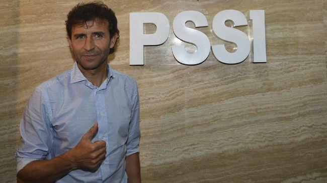 Pengurus Asprov PSSI Jawa Barat Tommy Apriantono mengatakan PSSI harus realistis saat memutuskan untuk memperpanjang kontrak Luis Milla di Timnas Indonesia.