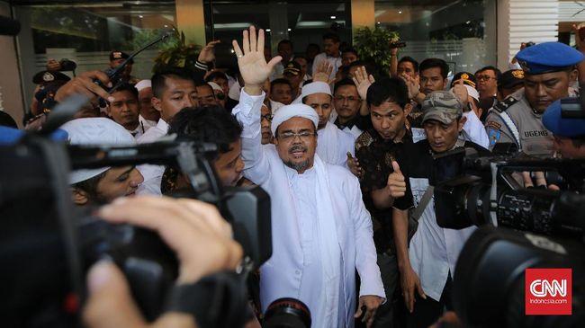 Kehadiran Rizieq Shihab sebelum pilpres dinilai bisa jadi amunisi Prabowo untuk menyatukan kelompok 212 dan simpatisannya serta menguatkan politik identitas.