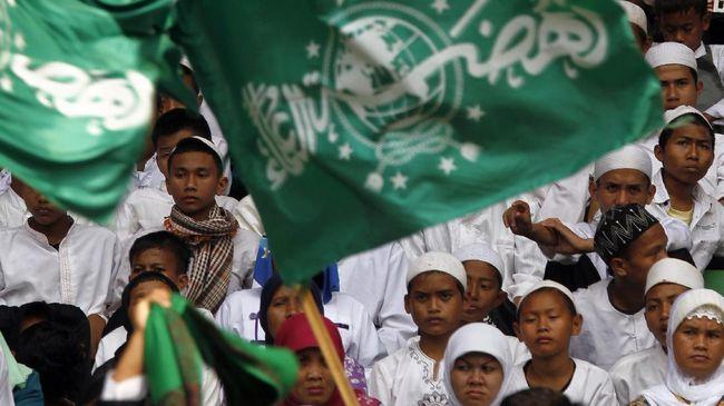 Menurut Rais Syuriah PWNU, Mahfudz Asirun, imbauan itu telah sesuai dengan hasil Muktamar Lirboyo tahun 1999 silam.