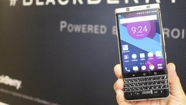 BlackBerry Hentikan Produksi Ponsel di China