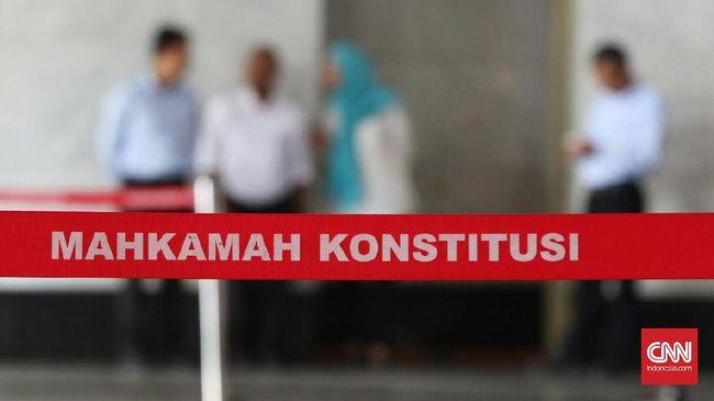 Majelis Hakim MK memutuskan menolak uji materi UU Penyiaran yang diajukan INews TV dan RCTI.