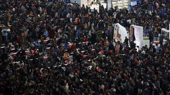 Peraturan baru itu mulai berlaku pada Jumat (10/2) di Bandara Shenzen, dan akan diterapkan ke seluruh kawasan secara bertahap.