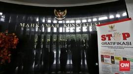 MK Lanjutkan Uji UU Ciptaker, Buruh hingga Difabel Menggugat
