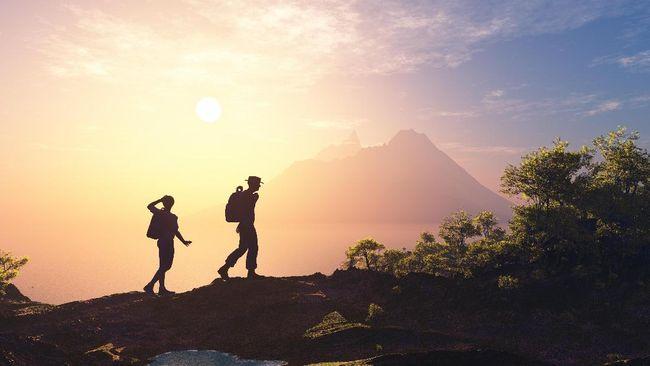 Pendakian gunung yang dilakukan orang tua dan anak kini makin marak. Bagaimana menyiasatinya supaya perjalanan pendakian lancar dan tak bermasalah?