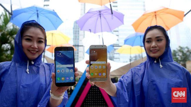 Hasil penjualan online ponsel Samsung kalah jauh dibanding konvensional, komposisinya masih kurang dari 10 persen dari total penjualan.