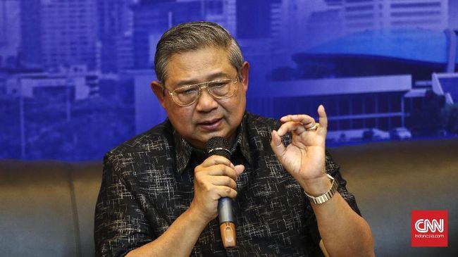 Presiden RI ke-6 Susilo Bambang Yudhoyono mengatakan hujan kritik semasa kepemimpinannya telah membantu pemerintah lebih berhati-hati mengambil kebijakan.
