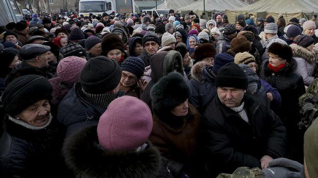 Kelompok separatis di sebelah timur Ukraina menggelar pemilihan umum sepihak yang dikecam oleh negara-negara Eropa.