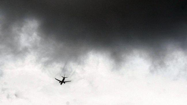 Sejumlah peristiwa terjadi di akhir pekan dirangkum dalam kilas internasional. Mula dari puing pesawat United Airlines berserakan hingga kondisi Putri Dubai.