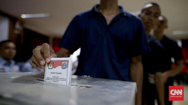 Menko Polhukam Mahfud MD juga pernah mengatakan 92 persen calon kepala daerah dimodali oleh pengusaha atau cukong.