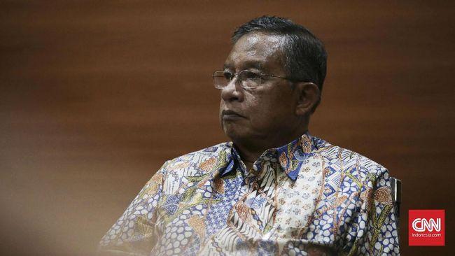 Menko Perekonomian Darmin Nasution mengatakan pemerintah akan mengeluarkan aturan yang membuat Jokowi sakti membatalkan perda penghambat investasi Oktober.