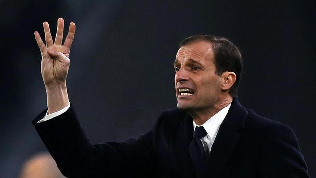 Massimiliano Allegri memberi tenggat waktu kepada Manchester United bila serius ingin merekrutnya sebagai pelatih pengganti Ole Gunnar Solskjaer.