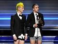 Raih Piala Grammy Awards, Twenty One Pilots Buka Celana