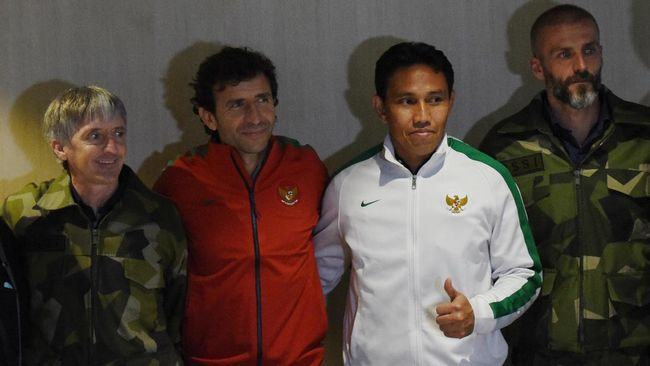 Bima sakti siap mengemban tugas sebagai pelatih kepala Timnas Indonesia dan bertekad mempersembahkan prestasi terbaik di Piala AFF 2018.