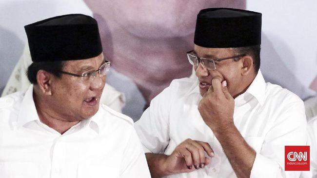 Menhan Prabowo Subianto dan Gubernur DKI Anies Baswedan turut menghadiri peringatan seabad kelahiran Presiden kedua RI Soeharto di Masjid At-Tin.