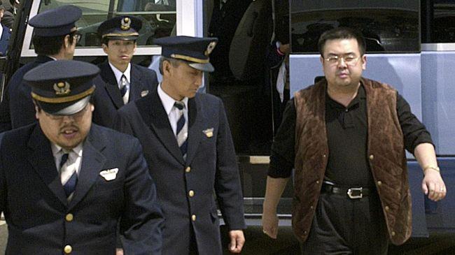 Malaysia akan mengeluarkan surat penangkapan diplomat Korut yang dicari terkait kasus pembunuhan saudara tiri Kim Jong-un pada pertengahan Februari lalu.