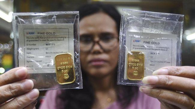Harga emas terperosok Rp19 ribu per gram menjadi Rp812 ribu. Emas rontok bersama IHSG dan rupiah.