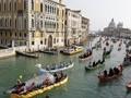 Destinasi Wisata yang Mengalami Petaka 'Overtourism'
