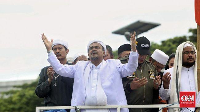 Beberapa kali pentolan FPI Rizieq Shihab dikabarkan akan pulang, namun tak pernah terwujud. Kabar kepulangan tahun ini juga belum ada waktu pastinya.