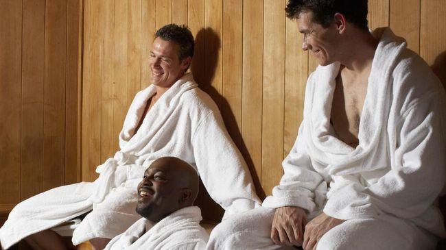 Sebuah penelitian selama dua dekade menunjukkan pria yang sering sauna punya risiko demensia lebih rendah.