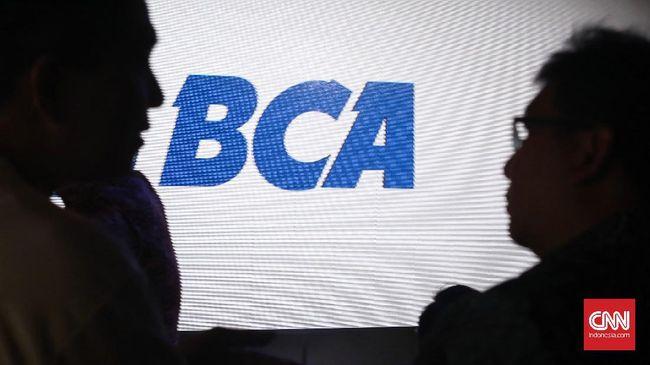 BCA dan BCA Finance resmi mengempit seluruh saham Bank Royal senilai Rp1 triliun. Aksi akuisisi ini ditandatangani pada 16 April 2019 lalu.
