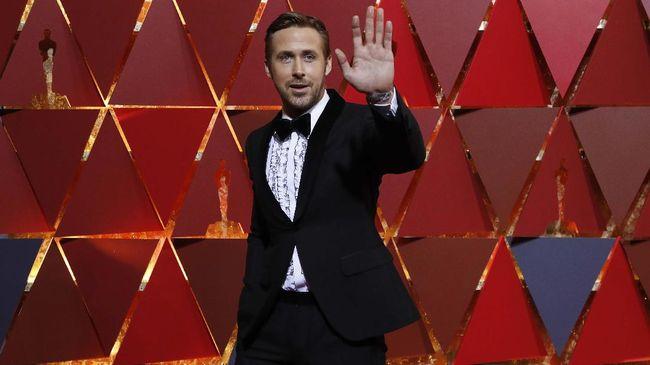Aktor Ryan Gosling mengakui, sebelum ia benar-benar membaca materi film 'First Man', ia hampir menolak peran sebagai Neil Armstrong.