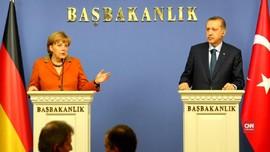Wartawan Jerman Disidang, Hubungan Jerman-Turki Meregang
