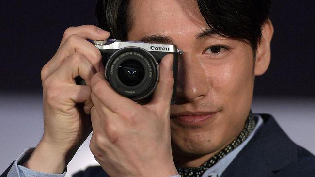 Canon mengaku merebaknya ponsel pintar dengan resolusi besar 108 MP telah menghajar penjualan kamera saku Rp2-4 jutaan.