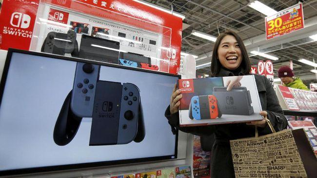 Blibli dan Tokopedia adalah situs e-commerce yang memboyong Nintendo Switch ke Indonesia. Kok harganya melonjak mahal?